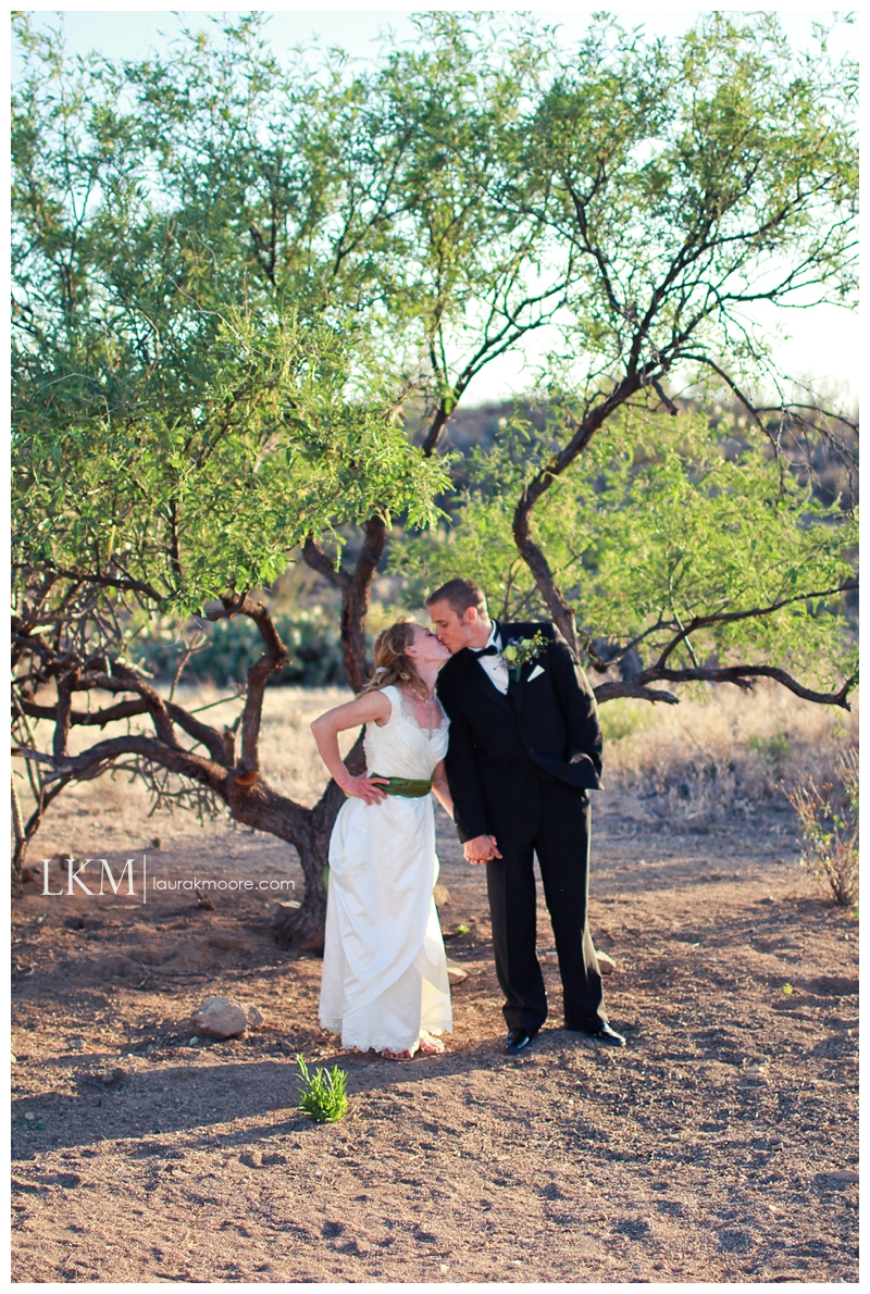 Tucson-Wedding-Photography-Catlina-Foothills-Laura-K-Moore_0048