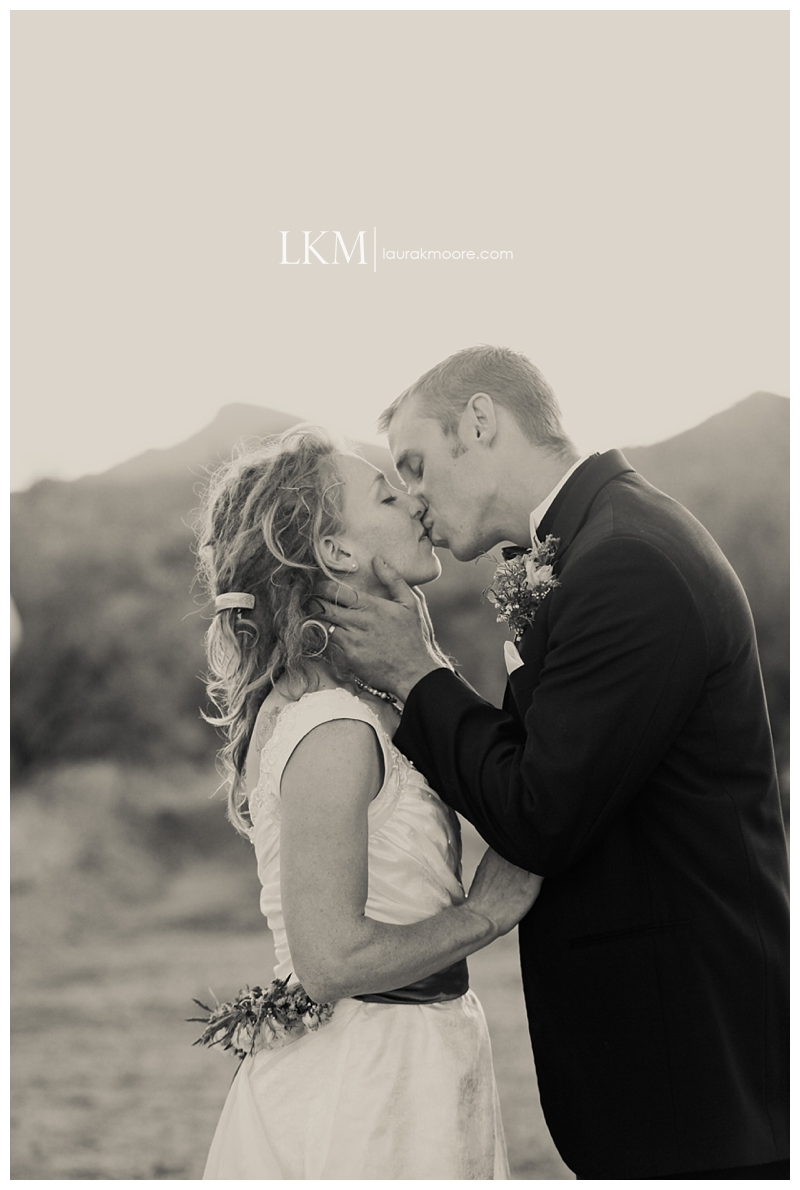 Tucson-Wedding-Photography-Catlina-Foothills-Laura-K-Moore_0068