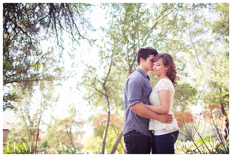 Claremont-Engagement-Session-Los-Angelas-Wedding-Photographer-Laura-k-Moore_0004