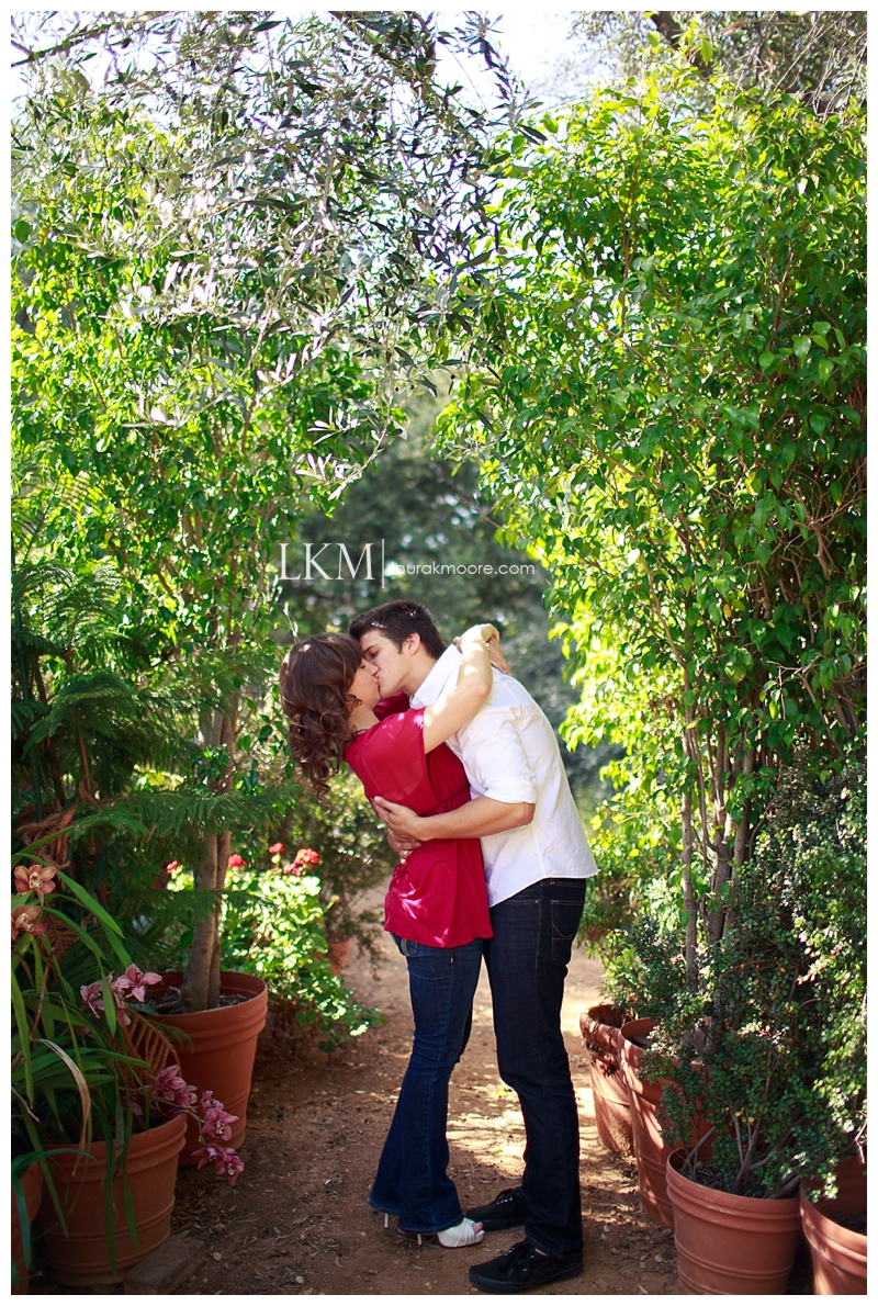 Claremont-Engagement-Session-Los-Angelas-Wedding-Photographer-Laura-k-Moore_0010