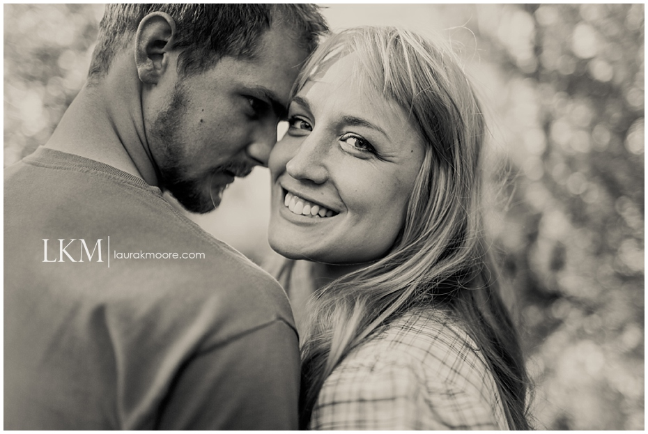 Milwaukee-Fun-Engagement-Session-Wisconsin-Wedding-Photographer_0004.jpg