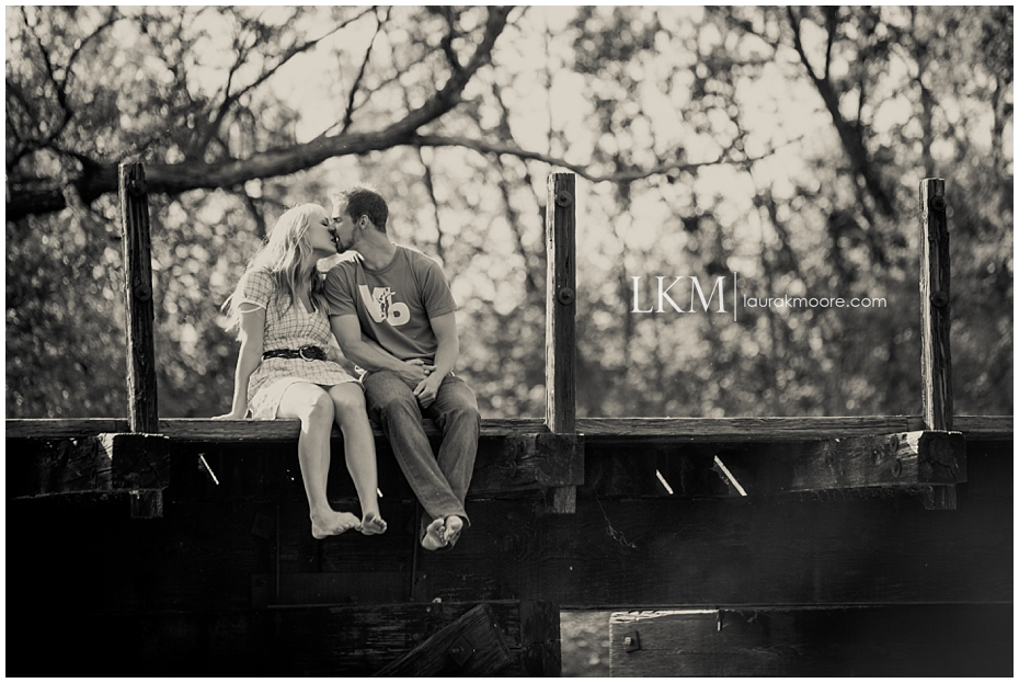 railroad-engagement-session.jpg