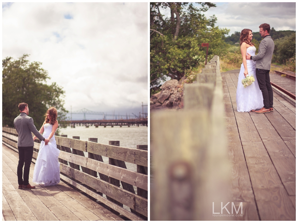 astoria-oregon-wedding-portland-laura-k-moore-destination-photographer-seth-joelle-weisser_0049.jpg