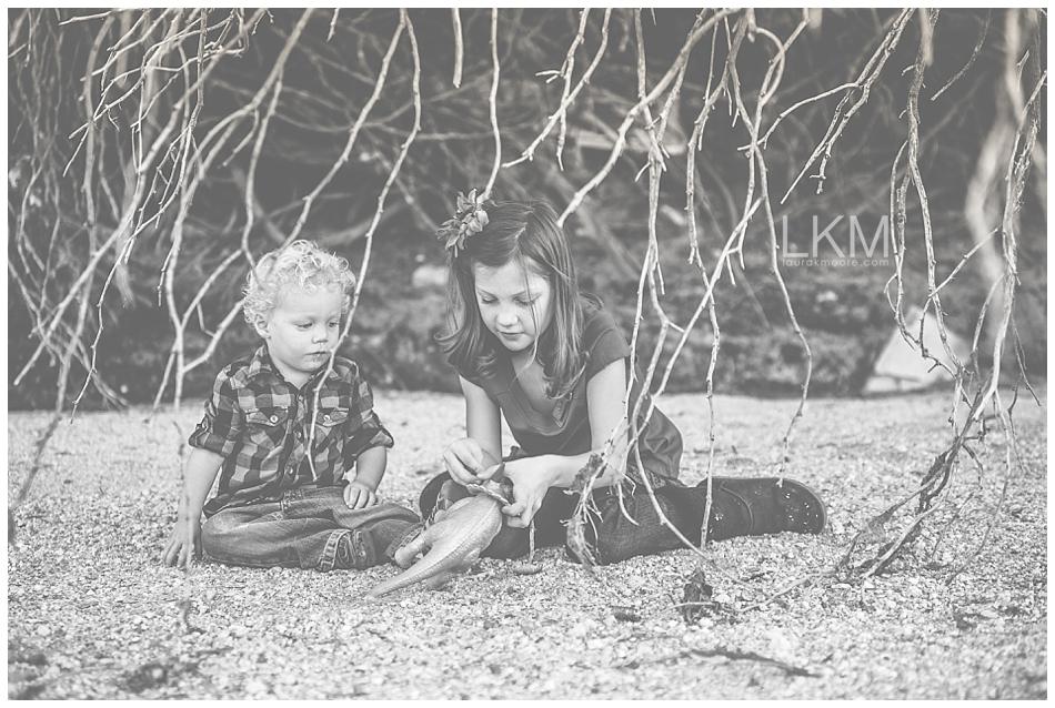 tucson-family-portraits-josh-katie-reich-desert-wash-photography_0012.jpg