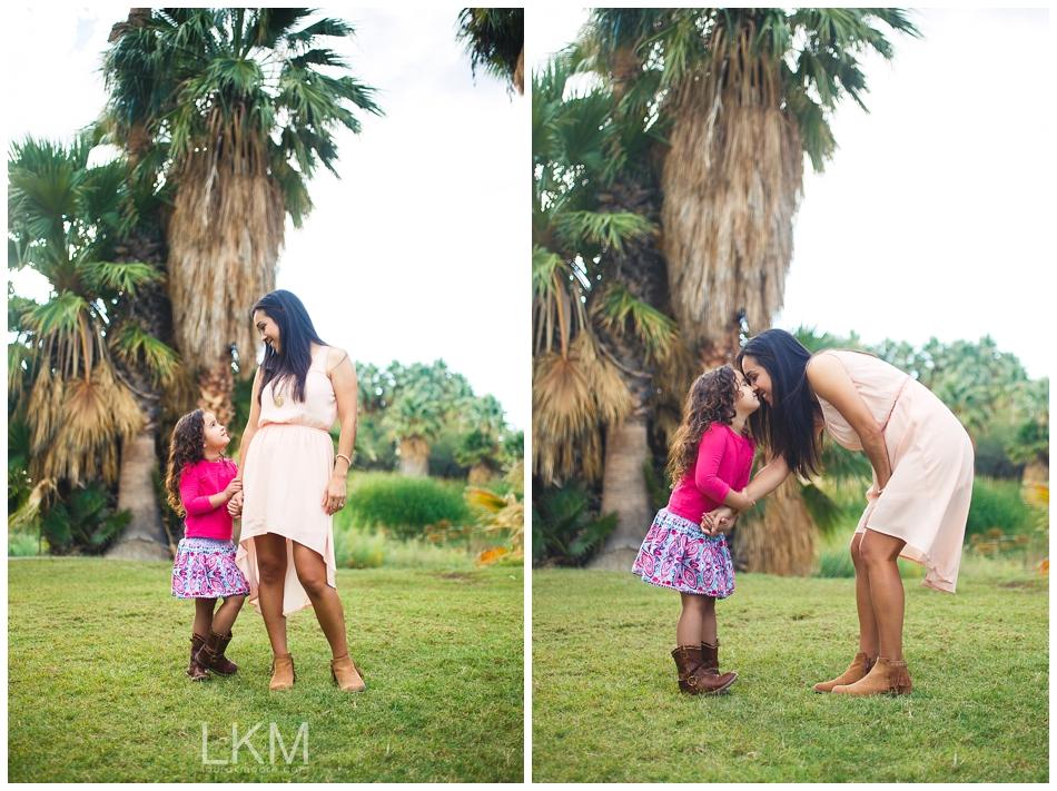 tucson-family-portraits-Matt-Kandice-Tiggas-Agua-Caliente_0012.jpg
