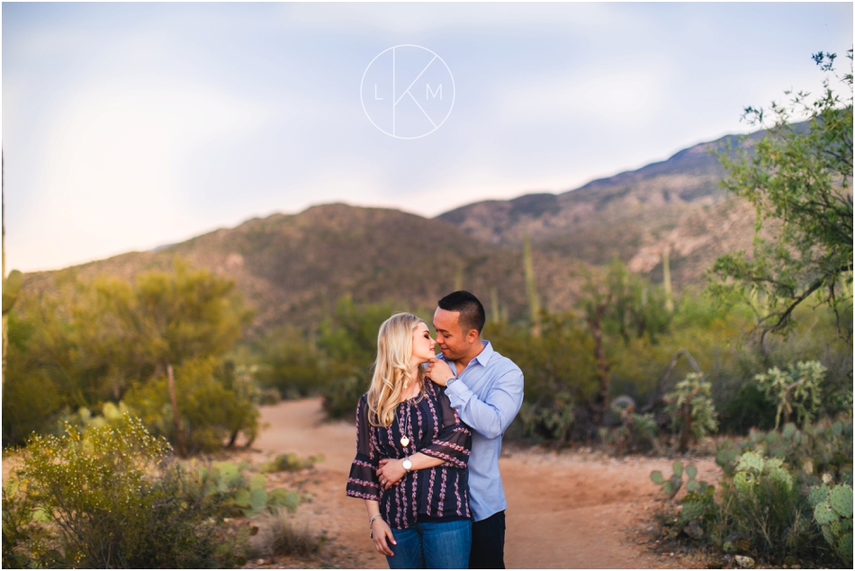 desert-engagement-session-ricky-delaney-douglas-springs-trail_0036.jpg