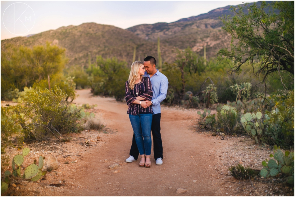 tucson-engagement-session-desert-romance-pictures