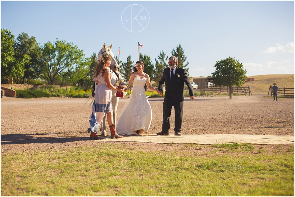 sonoita-arizona-spring-wedding-last-stand-ranch-country-theme_0027.jpg