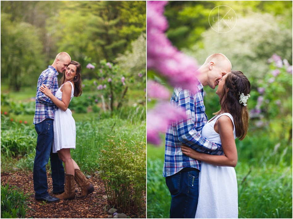 turkey-hill-farm-portland-maine-engagement-session_0002.jpg