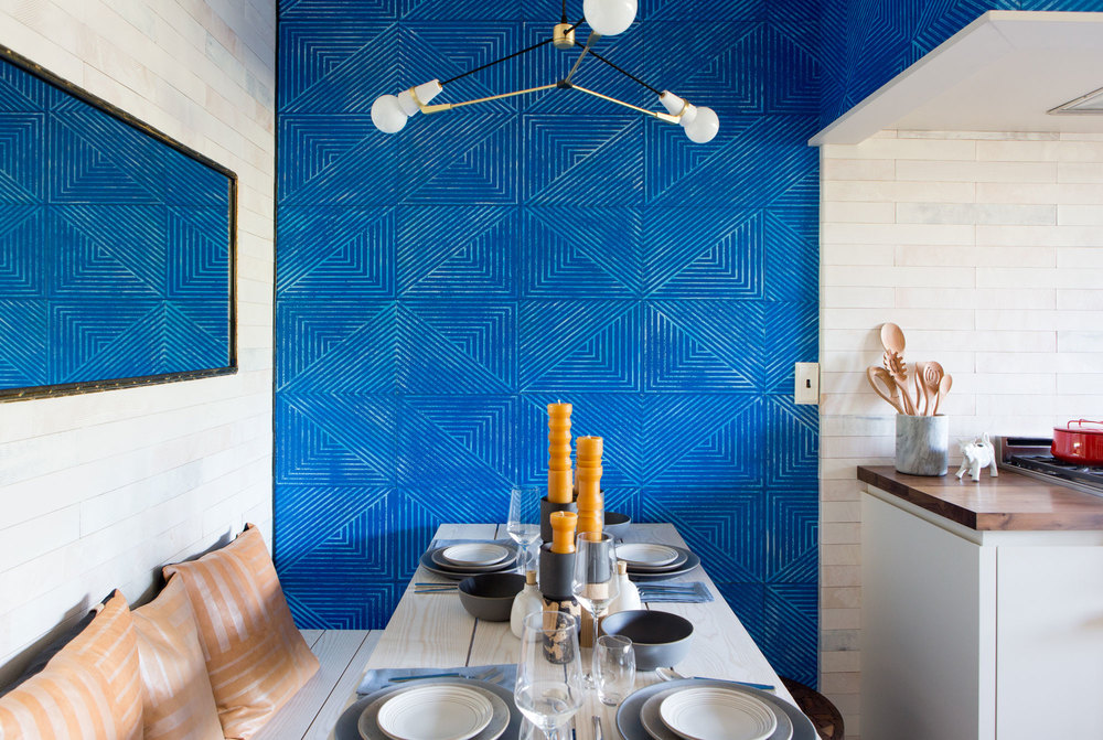 Item Wall tiles | Pattern Slanted Hill | Color Cobalt | Image from SDK Photo