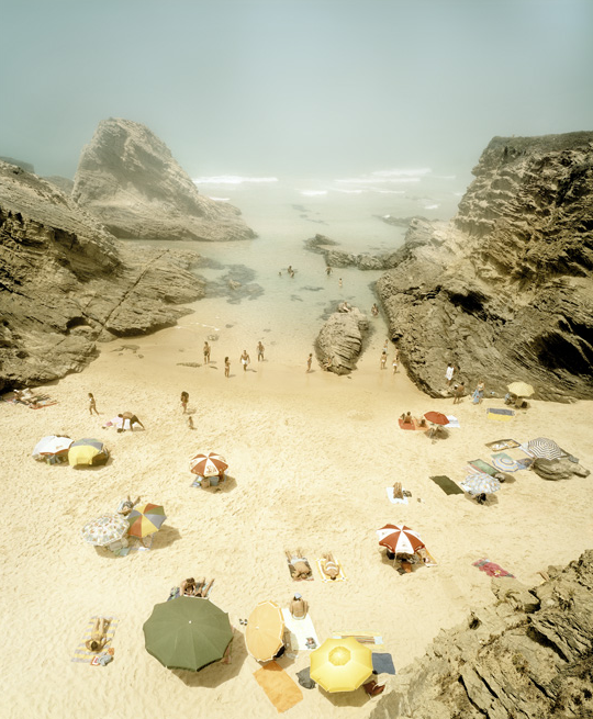 Praia Piquinia 06/08/04 15h40 by Christian Chaize. Image courtesy of Jen Bekman Gallery