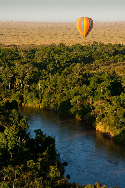 Sunrise balloon ride over the Maasai Mara River