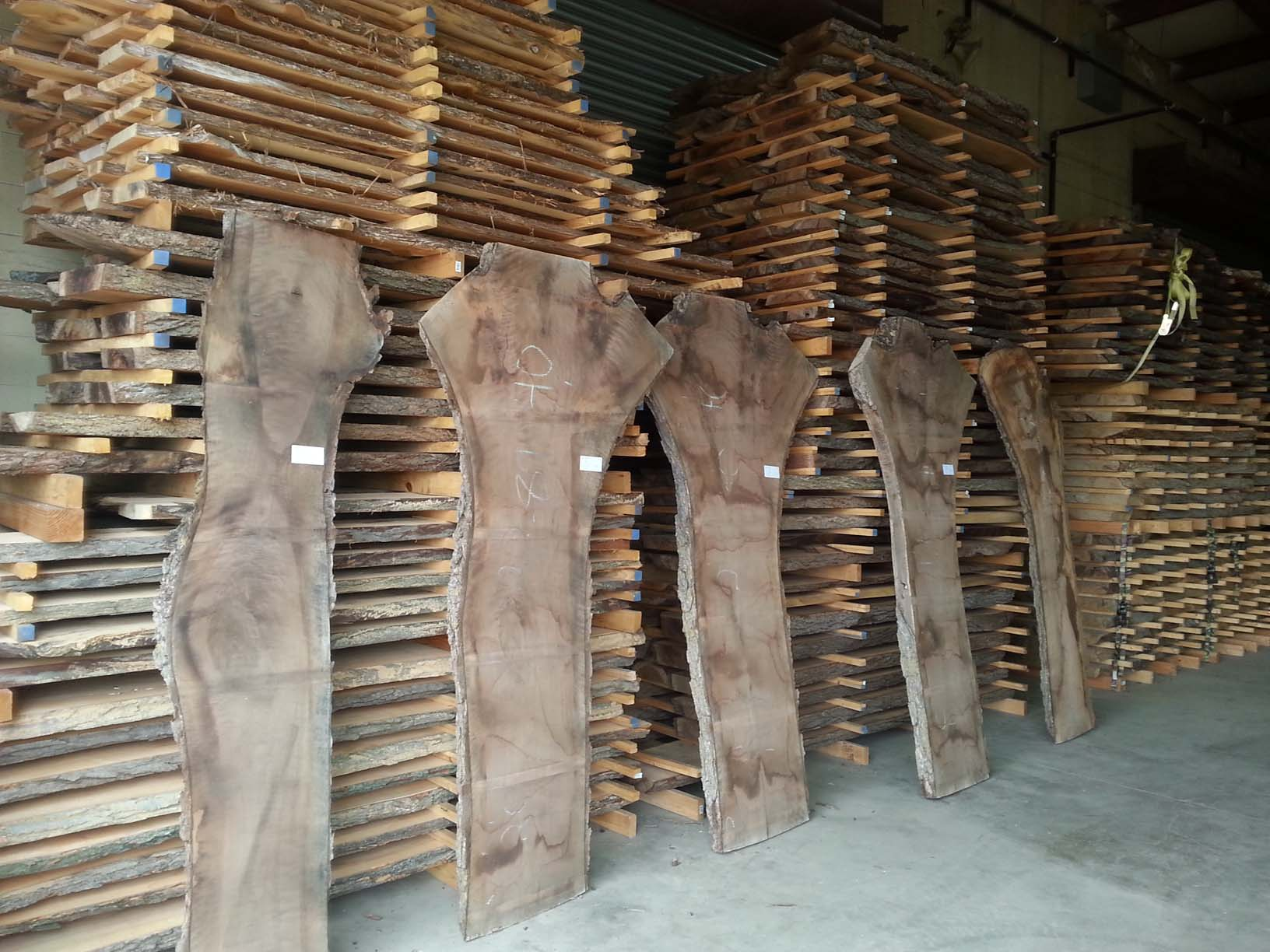 Rfprg 2 Dry Red Gum Eucalyptus Lumber Board 30 3 4 X11 8 1 X2