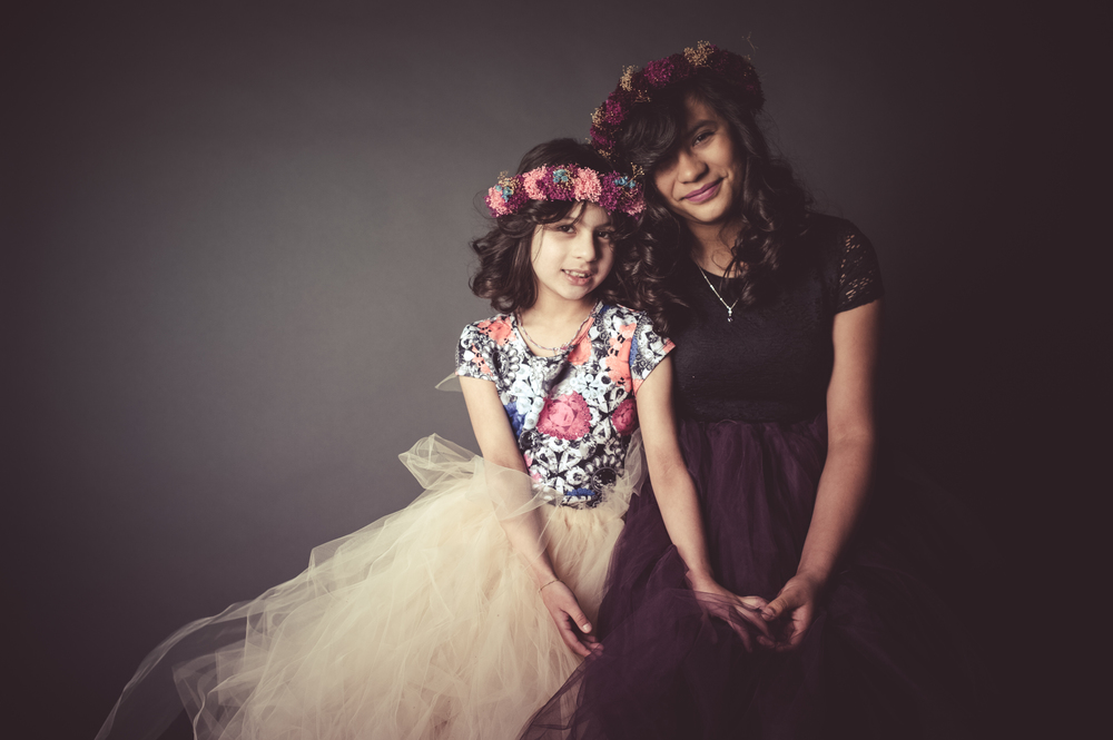 Sisters Beauty and Glamour Photo | Nomee Photography | Chicago Studio Family Photography