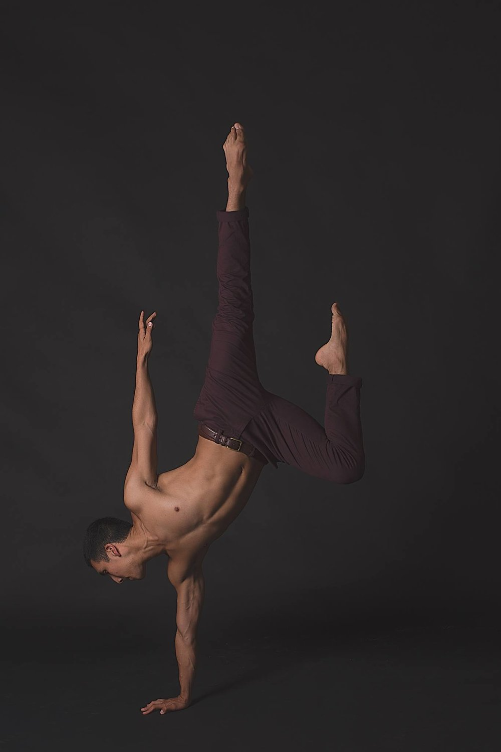 Ruben Medina Male Contemporary and Ballet Dancer | Nomee Photography | Chicago Photographer.jpg