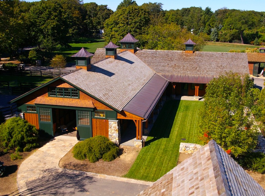 Equestrian_estate_stables_aerial_andscape1a.jpeg