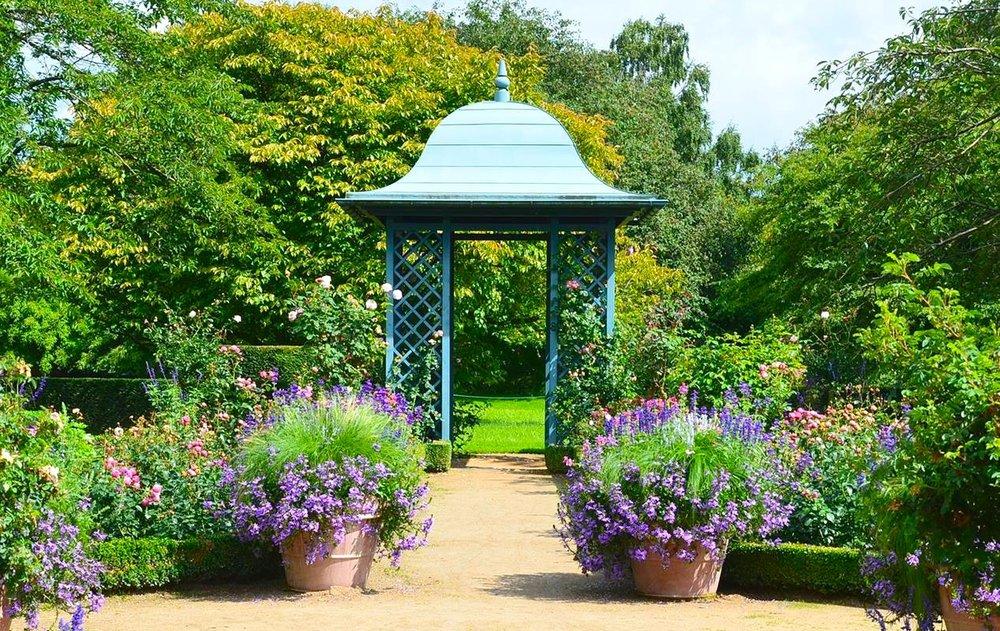 Garden metal garden folly house urns box parterees flowers.JPG.JPG