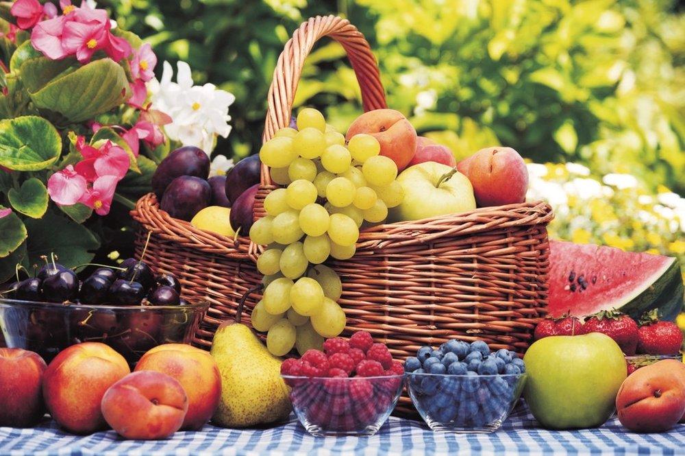 Fruit_basket_variety.jpg