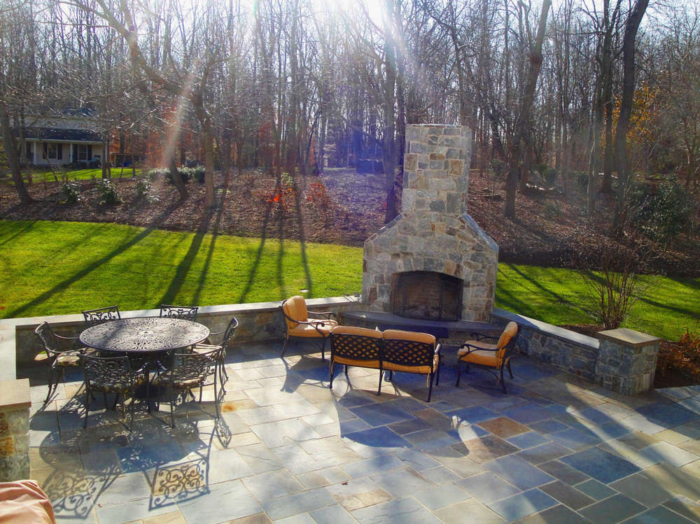 Outdoor_fireplace.JPG