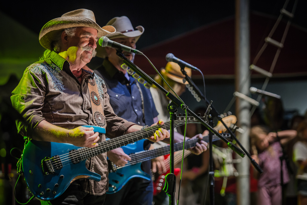 Bellamy Brothers - Howard.jpg
