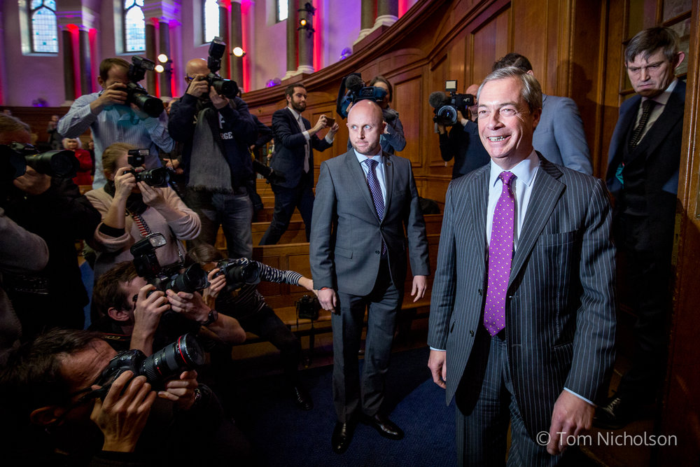 28/11/2016. London, UK. Interim leader of UKIP Nigel Farage arrives at a press conference to announce the party's new leader, at the Emmanuel Centre, London, UK.