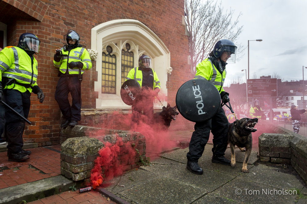 30/01/2016. London, UK. Police try to take control as clashes between far-right groups and their opposition occur during an anti-immigration demonstration in Dover, Kent, UK.
