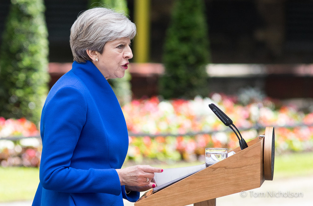 ©2017 Tom Nicholson. 09/06/2017. London, UK. British Prime Minister Theresa May makes a statement in Downing Street, next to her husband Philip May (not pictured). Parliament is currently hung, with no party gaining an overall majority.