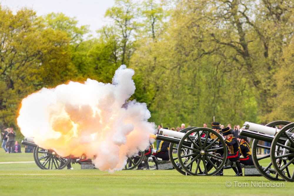 ©2017 Tom Nicholson. 21/04/2017. London, UK. The King's Troop Royal Horse Artillery fire a 41-round gun salute in Hyde Park, to celebrate the 91st Birthday of Queen Elizabeth II.