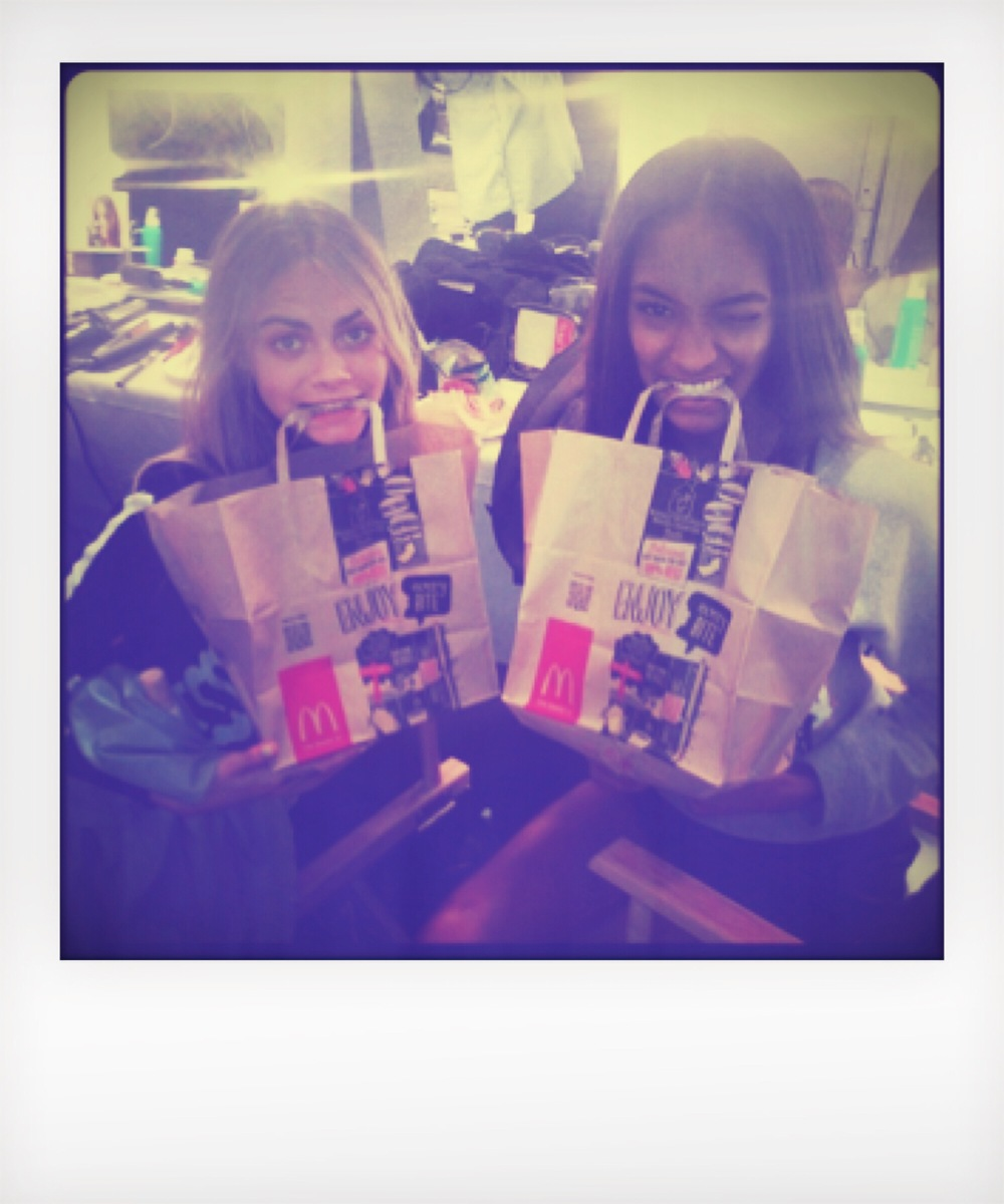 Jourdan Dunn and Cara D. eating Mcdonalds