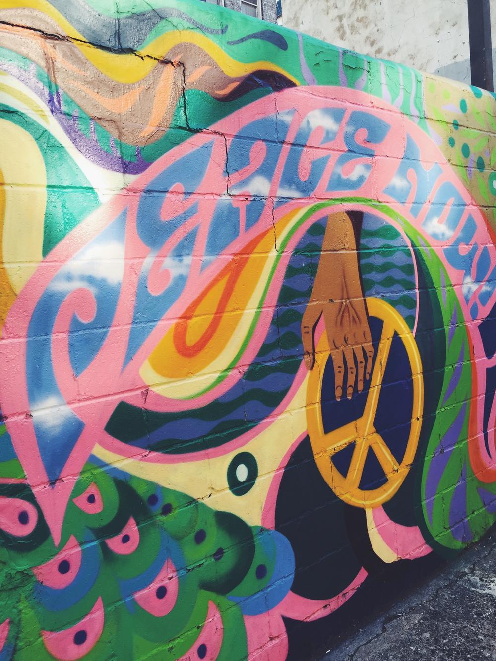 Peace & L♥ve