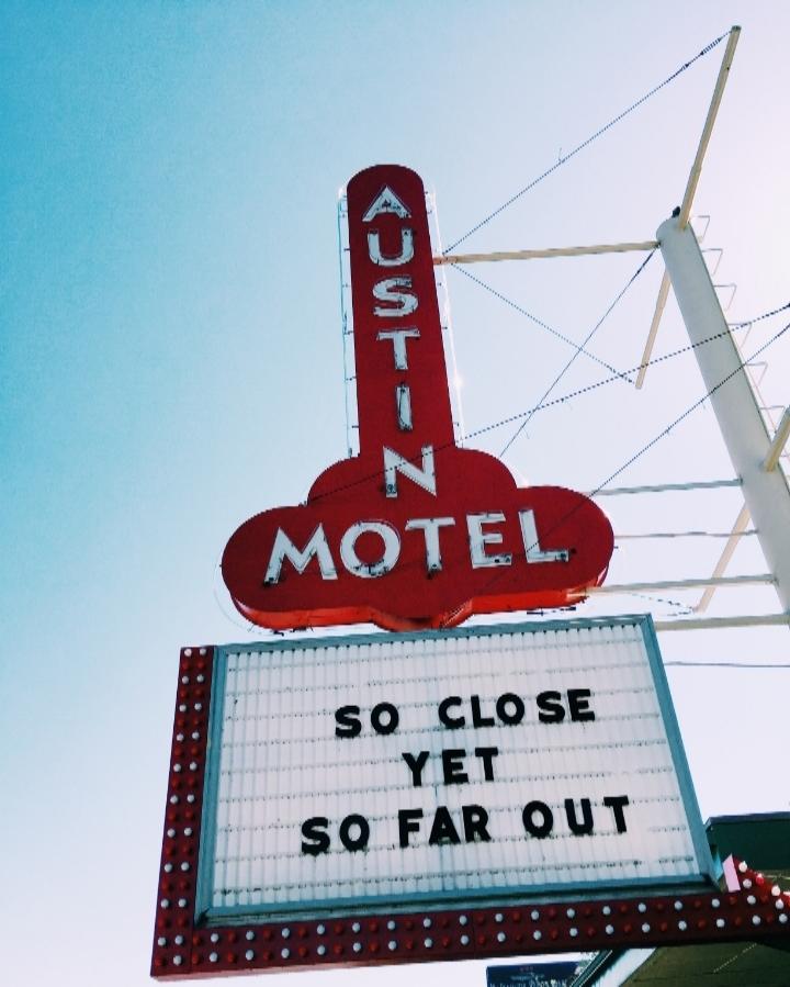 Motel Austin Sign in Soco
