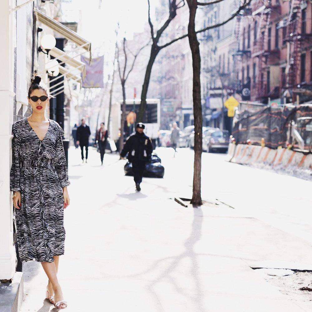 Claire Leana Millar Street Style Looks H&M Dress, miu miu slides, Adam Selman and Le Specs Glasses