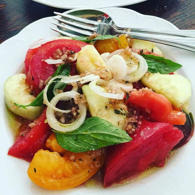 #heirloomtomatoes at a fav lunch spot in the #westvillage called Via Carota. #summer never tasted so good.