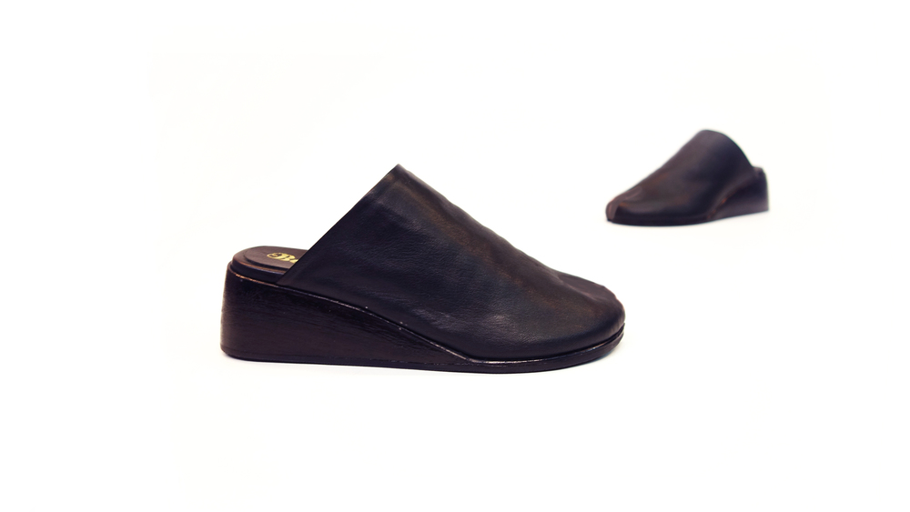 The Tabi Slide High Heel - Black