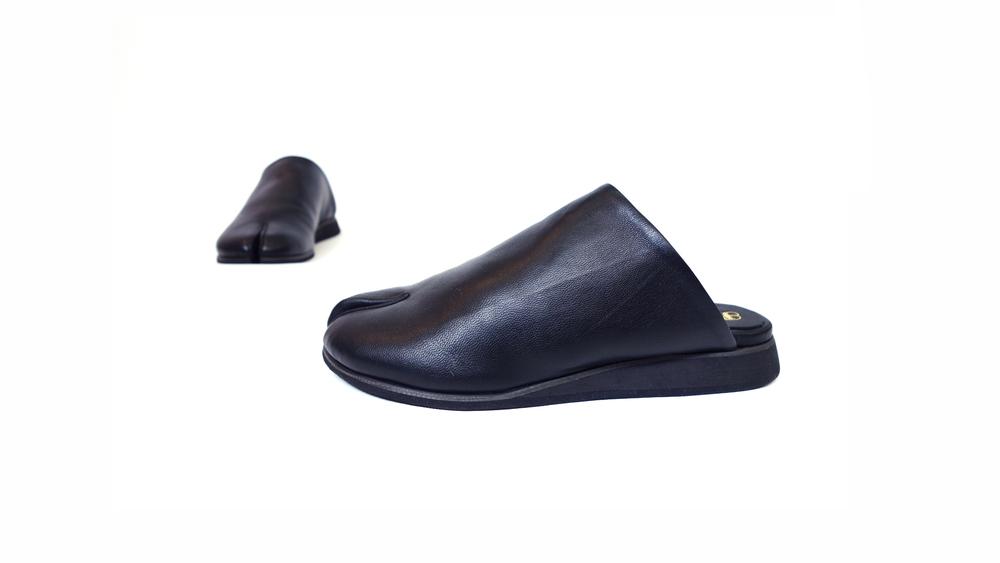 The Tabi Slide - Black