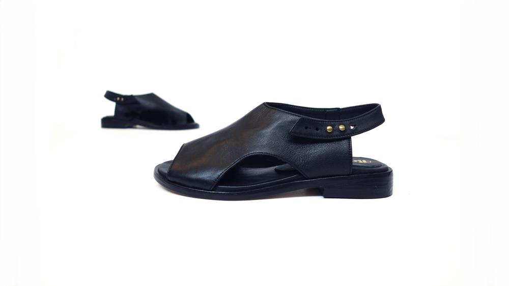 The Neko Sandal - Black