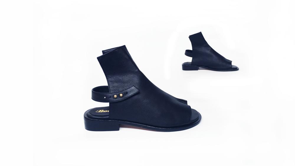 The No. 7 Sandal- Noir