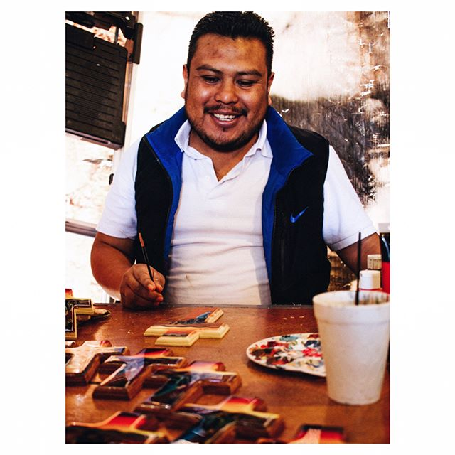 "Jose was deported to Mexico about 3 months ago and has been coming to the migrant shelter ever since. Shortly after his arrival, he started putting his passion for art to work. He portraits ""the journey of the illegal immigrant"" in many of his paintings. His portrayals are very realistic since very often it's the people sitting around him at the shelter, who are attempting to make their American dream a reality by attempting to cross into the U.S. through the very treacherous Arizona dessert. #borderstories —————————— José fue deportado a México hace unos 3 meses y ha venido al refugio de migrantes desde entonces. Poco después de su llegada, comenzó a poner su pasión por el arte para trabajar. En muchas de sus pinturas retrata ""el viaje del inmigrante ilegal"" de una manera artística. Él toma su inspiración de la gente sentada alrededor de él, que son los que intentan hacer su sueño americano una realidad cruzando el postre traicionero de Arizona."