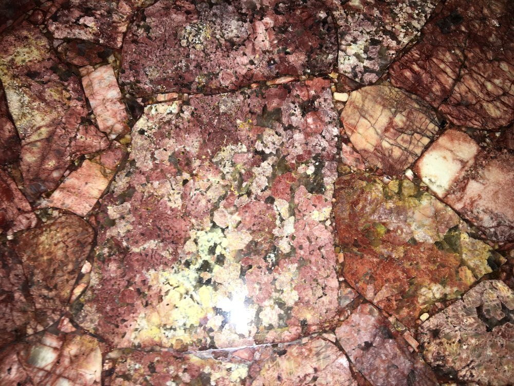 Red Feldspat