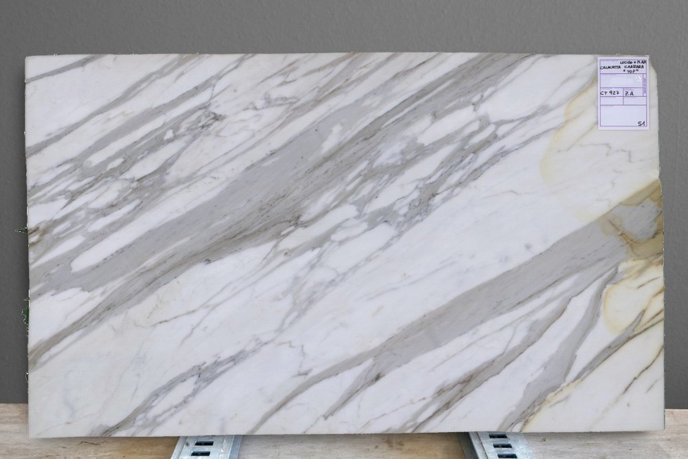 Calacatta Carrara Top
