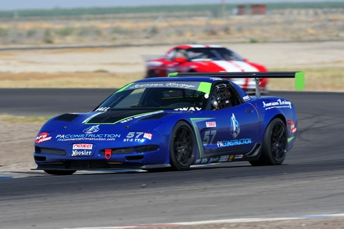 Robert Hall piloting the car into the esses at Buttonwillow.