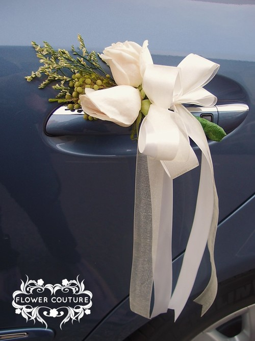 Wedding cars flower couture rustic vintage car door decorg junglespirit Image collections