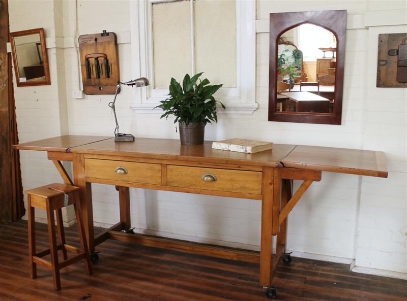 kitchen bench .jpg