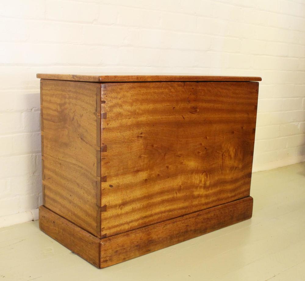 Antique Box.jpg