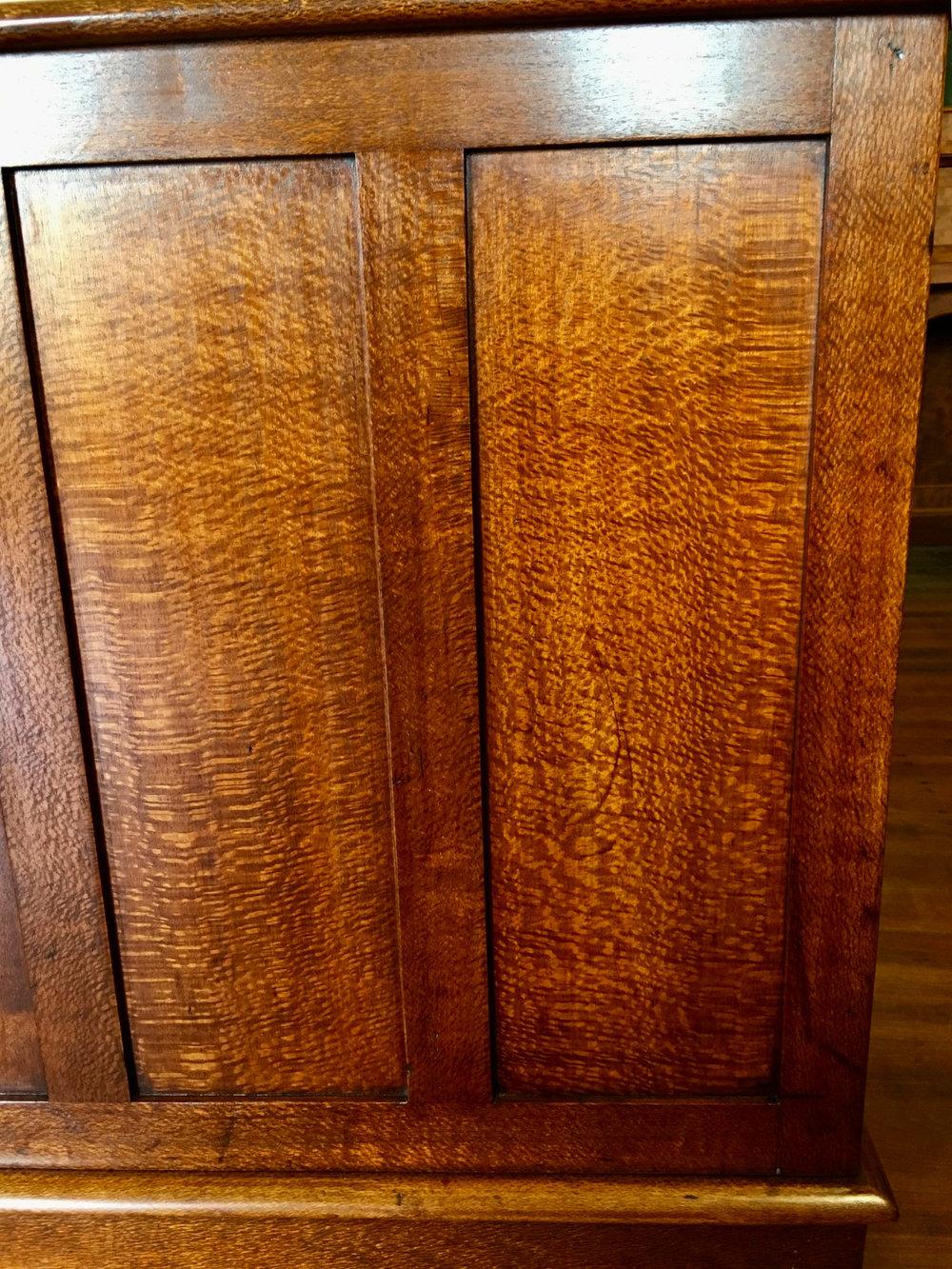 Vintage+Silky+Oak+Detail.jpg