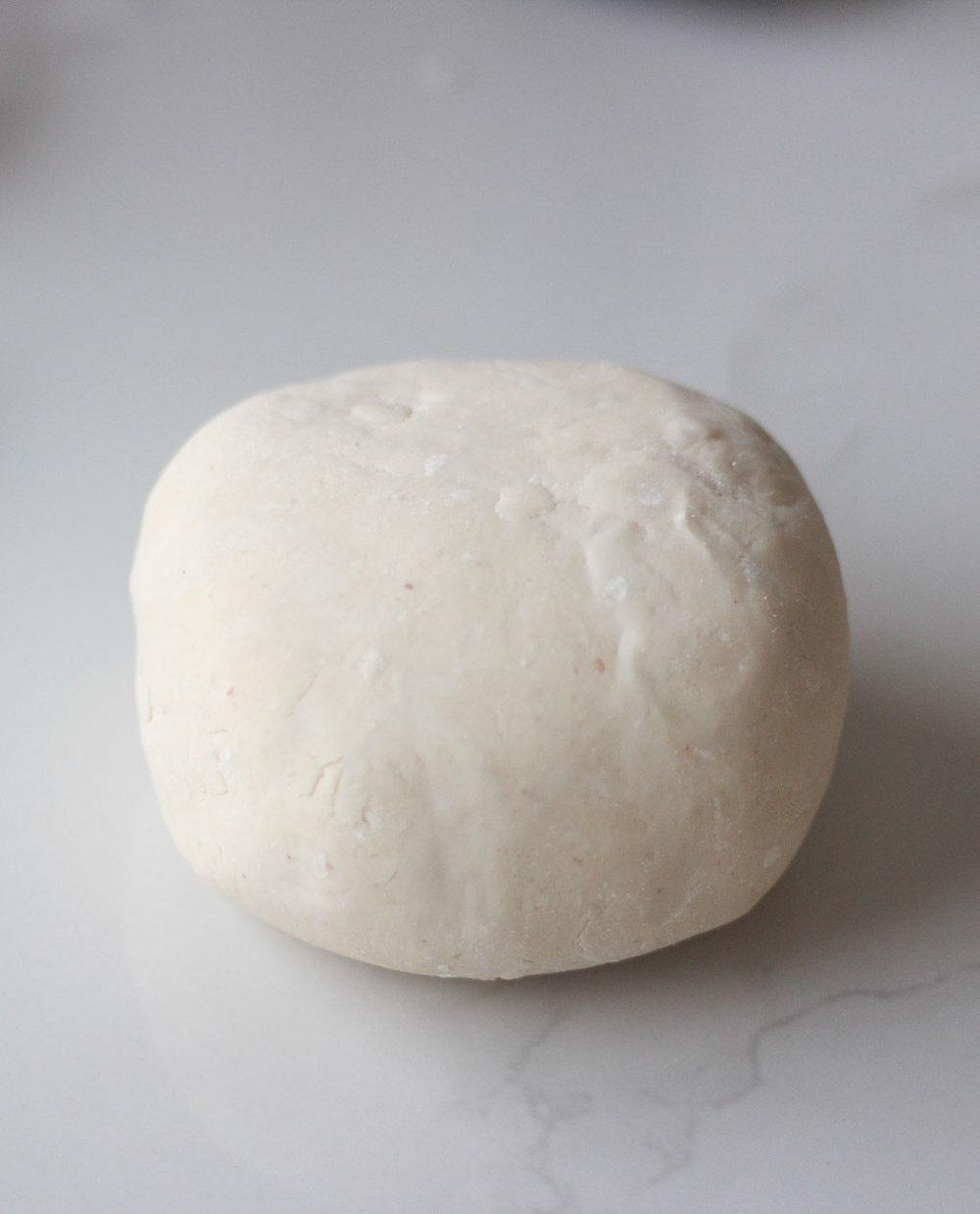 Paleo_low_FODMAP_gluten_free_flatbread_pizza (1 of 5).JPG