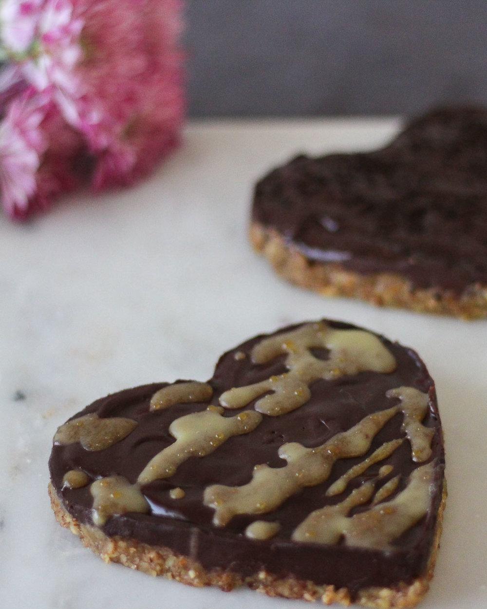 Dark Chocolate Pecan Tarts Paleo, Low-FODMAP and Gluten-free-Perfect for Valentine's Day