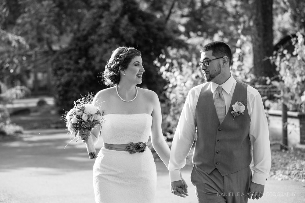 170507_blog_megan_david_wedding_loomis_flower_farm_inn_danielle_alysse_photography_sacramento_photographer0394_WEB.jpg