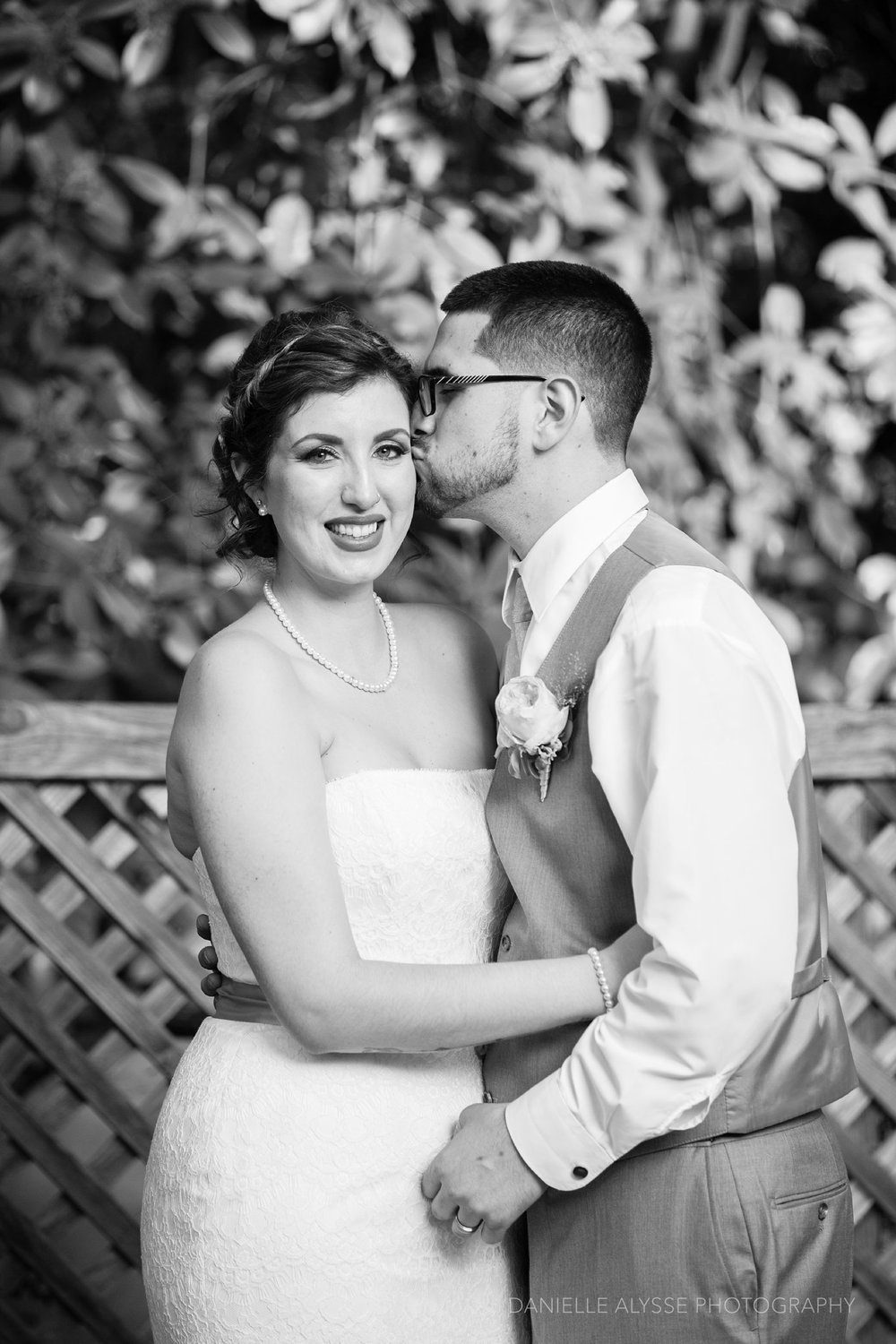 170507_blog_megan_david_wedding_loomis_flower_farm_inn_danielle_alysse_photography_sacramento_photographer0402_WEB.jpg