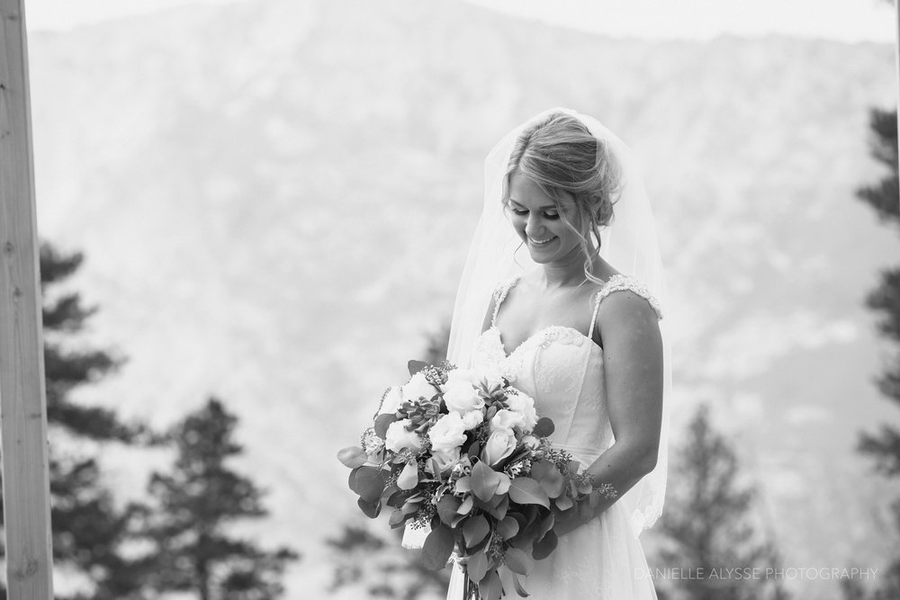 170819_blog_leslie_jeremy_wedding_bear_valley_lodge_arnold_danielle_alysse_photography_sacramento_photographer_deliver308_WEB.jpg